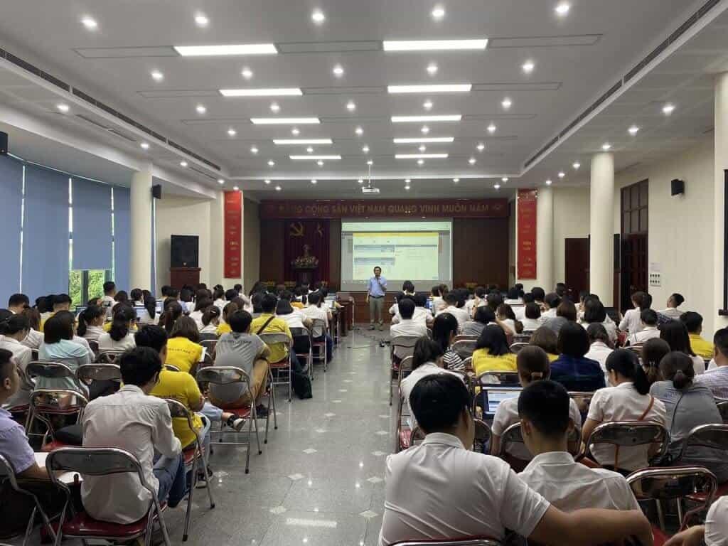 LongPhatCRM triển khai phần mềm quản lý khách hàng cho Bưu điện Việt Nam -VNPOST